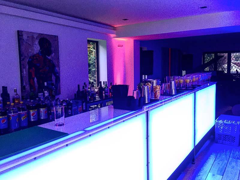 26. LED Blue Bar
